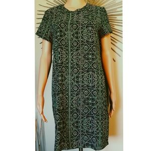 VTG? ADRIENNE VITTADINI GEO PATTERN SHIFT DRESS 6